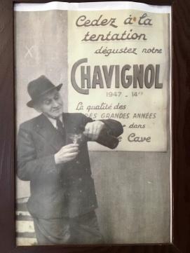 Restaurant poster in Chavignol